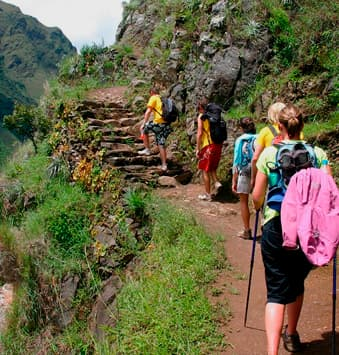 Aventura por Inca Jungle a Machu Picchu